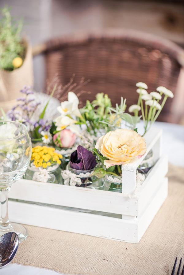 ανοιξιάτικα-λουλούδια-σε-τελάρο